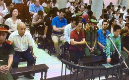 Phiên tòa sáng 21/9: Vợ Nguyễn Xuân Sơn sẵn sàng dùng tối đa tài sản gia đình để cho chồng được hưởng khoan hồng