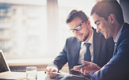 Có hai cách để thành công trên TTCK, một là tự biến mình thành chuyên gia, hai là phải hợp tác với chuyên gia