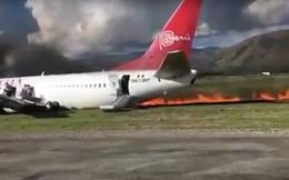 Máy bay chở 141 người bốc cháy dữ dội, hành khách thoát thân kịp thời