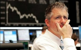 """Cổ phiếu ngân hàng tiếp tục bị chốt lời mạnh kéo VnIndex giảm gần 3 điểm, nhóm hàng không tiếp tục """"bay cao"""""""