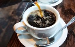 Uống 3 cốc cà phê mỗi ngày, bệnh nhân nhiễm HIV và viêm gan C giảm một nửa nguy cơ tử vong