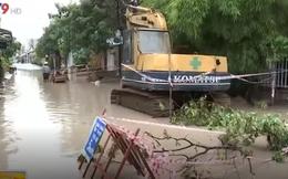 Dân khổ vì công trình làm đường chống ngập bị bỏ dở