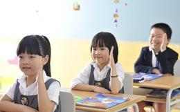 """Thư bố gửi con gái vào lớp 1 """"Học ít thôi, chơi là chính"""": Tại sao cứ phải dạy bọn trẻ về việc """"hơn nhau"""""""