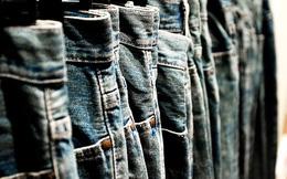 """Độc chiêu giúp bạn giặt quần Jeans """"không mất dáng"""""""