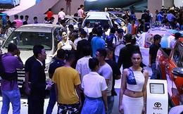 """""""Bão"""" giảm giá xe đẩy sức mua ôtô tăng trưởng"""