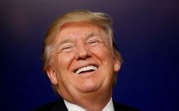 """Kinh tế Mỹ cán đích, Tổng thống Trump """"chiến thắng"""" trước các chuyên gia kinh tế"""