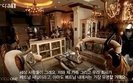 Biệt thự dát vàng và dàn siêu xe cực khủng của nhà tỷ phú Jonathan Hạnh Nguyễn bất ngờ xuất hiện trên kênh KBS Hàn Quốc