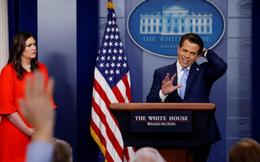 """Nhà Trắng """"chấn động"""" vì Giám đốc truyền thông mới bị sa thải sau 10 ngày"""