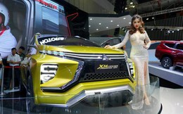 Thị trường ô tô sụt giảm do người Việt 'chờ đợi'