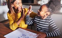 Trẻ em học hành động của cha mẹ nhiều hơn lời nói: Phụ huynh càng là một tấm gương tốt, con cái càng thành công
