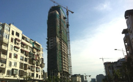Hà Nội: Mặc cảnh báo từ cơ quan chức năng, nhiều công trình xây vượt tầng