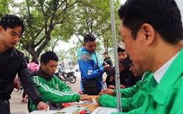 """Mai Linh quyết tâm """"giành"""" tài xế Uber, Grab: Có nên ủng hộ ứng dụng Việt?"""