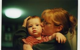 Nể phục cách người mẹ nuôi dạy cậu con trai tự kỷ trở thành thần đồng vật lý