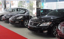 Nhập khẩu và tiêu thụ ô tô bất ngờ giảm mạnh