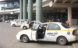 Bộ Giao thông yêu cầu sân bay Nội Bài sửa quy định niên hạn taxi
