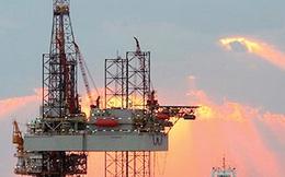 """""""Bầm dập"""" bởi giá dầu giảm, các công ty Mỹ giảm hoạt động khai thác?"""