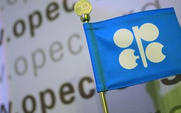 """Giá dầu giảm khi các """"ông lớn"""" dầu khí nhóm họp"""