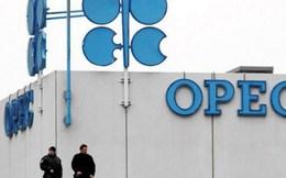 Các nước trong và ngoài OPEC cam kết giảm sản lượng khai thác dầu
