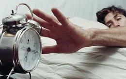 Tiến sĩ Oxford: Ép nhân viên làm việc trước 10 giờ sáng chẳng khác nào tra tấn