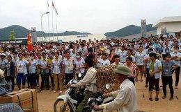 Thanh Hóa: Hàng nghìn công nhân đình công, vây kín công ty đòi quyền lợi