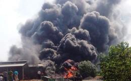Cháy kinh hoàng tại xưởng tái chế lốp xe cũ sau tiếng nổ