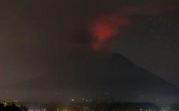 Vẫn còn 24 người Việt kẹt ở Bali sau khi núi lửa phun trào