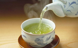Nếu vừa ăn những thực phẩm này, bạn đừng bao giờ uống thêm trà kẻo ngộ độc, hại thận