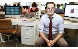 """Tự sự của doanh nhân từng bỏ dở 2 trường ĐH, không có nổi một tấm bằng trong tay: Càng học cao, càng khiến bạn """"khánh kiệt"""""""