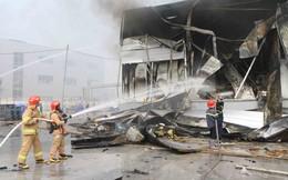 'Bà hỏa' thiêu rụi xưởng sản xuất sơn trong khu công nghiệp ở Bắc Ninh