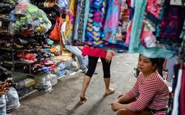 Chợ truyền thống 'chết dần chết mòn' giữa lòng thành phố