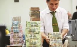 Đánh thuế lãi gửi tiết kiệm: Cân nhắc yếu tố thiệt hơn