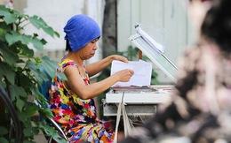 Muôn kiểu trốn nắng của người Hà Nội trong ngày 40 độ - ngày nắng nhất từ đầu hè đến giờ