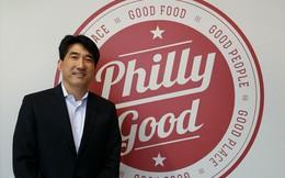 Suốt 10 năm không có lãi, doanh nhân này vẫn kiên trì thêm 2 thập kỷ nữa để tạo ra chuỗi hơn 500 nhà hàng, có mặt tại 20 quốc gia