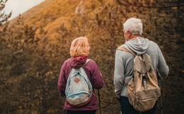 Nghiên cứu hơn 1.3 triệu người từ 51 quốc gia: Chúng ta hạnh phúc nhất ở những tuổi 20 và 60, nhưng lại khủng hoảng ở giai đoạn ít ai ngờ tới!