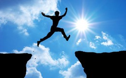 VnIndex cao nhất 10 năm, hàng loạt cổ phiếu vượt đỉnh lịch sử