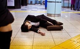 Nhật Bản thực hiện chiến dịch 'ép' công dân nghỉ sớm ngày cuối tuần