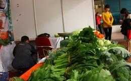 Đừng nói rau thịt không ảnh hưởng: Tăng thuế VAT, dân gánh hết