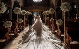 """Choáng váng với đám cưới """"lấp lánh"""" siêu đắt đỏ của cô gái 23 tuổi - người thừa kế tập đoàn pha lê Swarovski"""