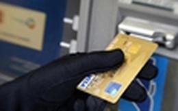 Nhóm người Trung Quốc trộm cắp thông tin trên cây ATM