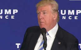 Tổng thống Trump lại bị kiện vi phạm hiến pháp Mỹ