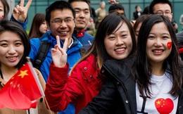 Người Trung Quốc chi hàng chục tỷ USD cho con học, tiền vào túi người Mỹ?