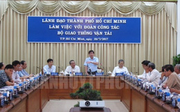 """Tân Sơn Nhất """"thiếu đường lăn, sân đỗ, nhà ga"""""""