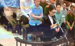 Phiên tòa sáng 19/9: Bị cáo Hoàng Thị Hồng Tứ vừa khóc vừa tự bào chữa, xin hưởng án treo để chăm con