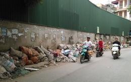 """Phế thải, rác thải """"bủa vây"""" Hà Nội đến bao giờ?"""