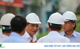 Ảnh: Tân Bí thư Thành ủy Đà Nẵng kiểm tra các công trình phục vụ APEC