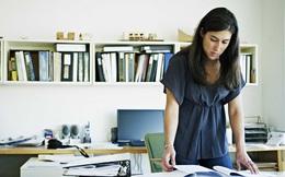 Làm thế nào để luôn tích cực khi công việc chỉ muốn nhấn chìm bạn?