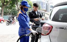 Dùng thuế bảo vệ môi trường để tiều tiết giá xăng là không phù hợp