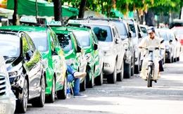 Hàng nghìn nhân viên thôi việc, Vinasun và Mai Linh cạnh tranh ra sao với Uber và Grab?
