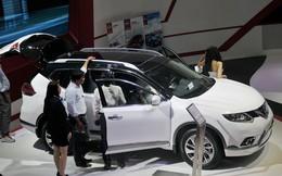 Ô tô tiếp tục giảm giá tới gần 200 triệu đồng
