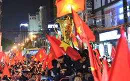 Việt Nam 'đón Tết sớm' để đón những 'chiến binh rồng lửa' quả cảm U23 Việt Nam về nhà